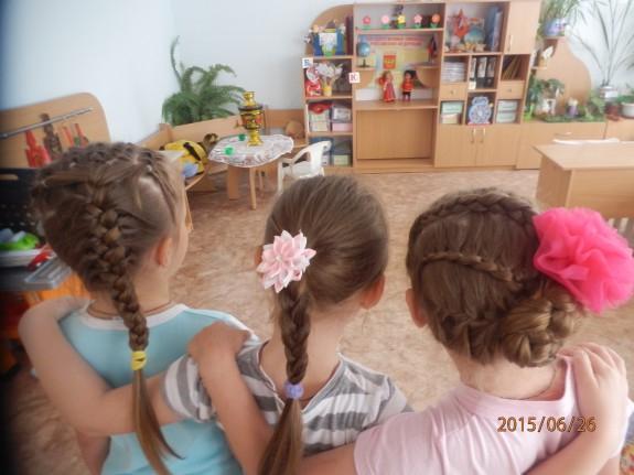 Прическа на конкурс в детском саду